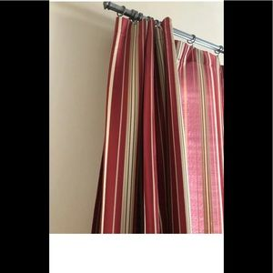 Better Homes & Gardens Red & gold 6 panels stripes